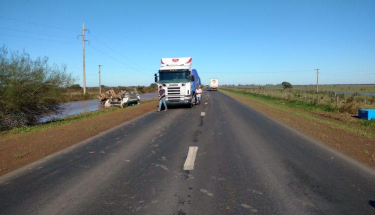 camion tumbado2